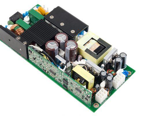 亞源展示 500W 嵌入型醫療電源
